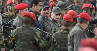 Maduro-y-comimpeg-y-militares