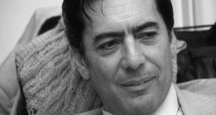 Mario Vargas Llosa a mediados de los setenta