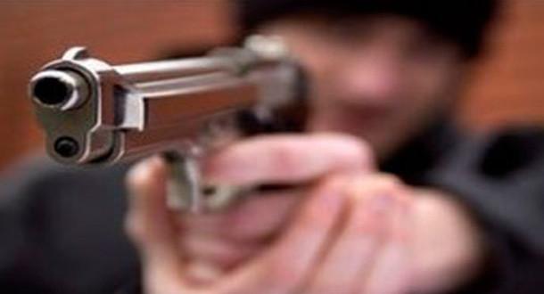 Malandro con pistola