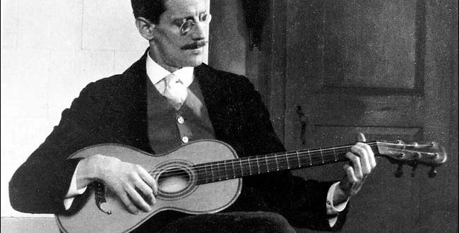 James joyce con guitarra