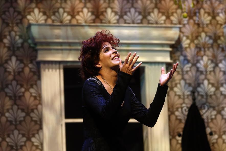 Piaf, voz y delirio