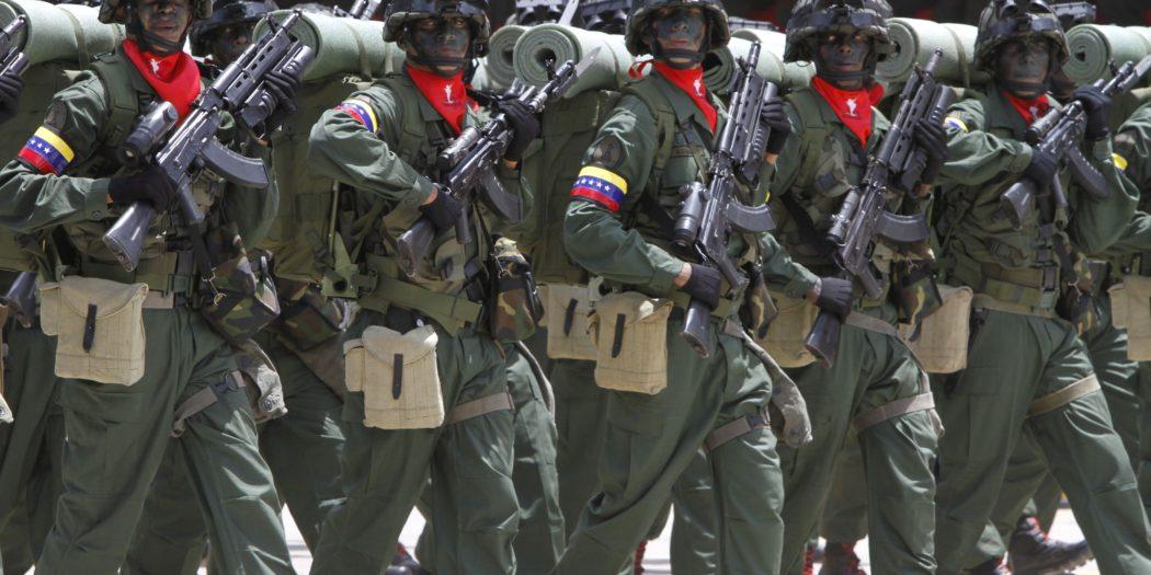 Uniforrmes militares