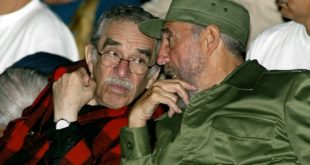 Fidel Castro (right) and Gabriel Garcia Marquez in Havana in 2002