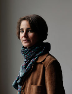 Laurence Debray est une femme de lettres française, née à Paris en 1976. Elle est la fille unique de l'intellectuel Régis Debray et d'Elizabeth Burgos, et la petite-fille de Janine Alexandre-Debray.