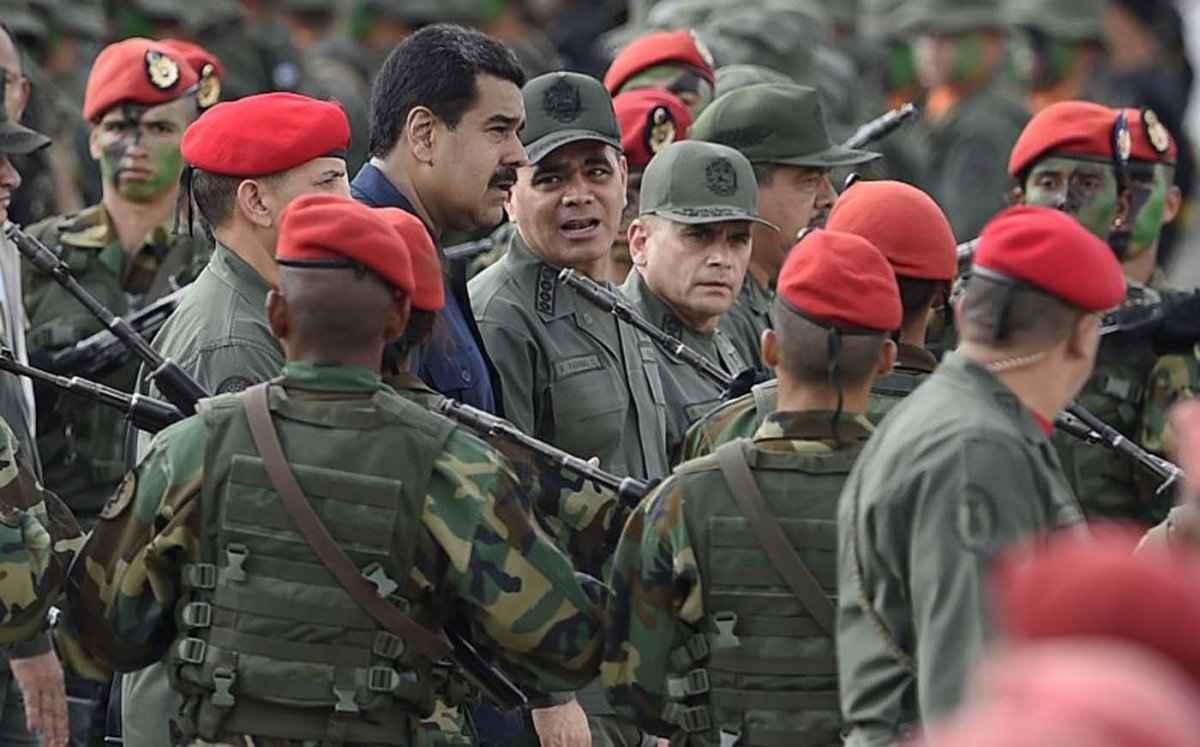 Maduro y Padrino 1