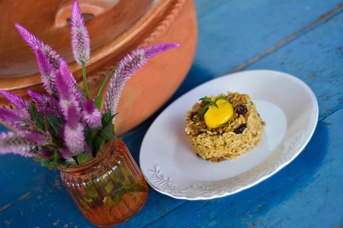 Arroz con carachana salada y alioli de auyama-platillo-Esther-gonzalez-Fotografia-Javier-Volcan